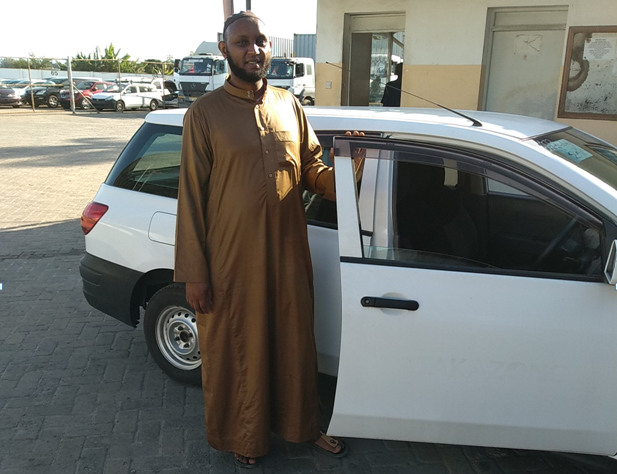 Customer who purchased a car from METEOR CO., LTD